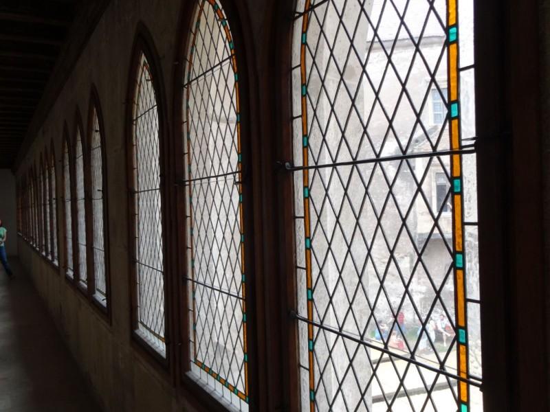 olomuveg-ablak-vajdahunyad